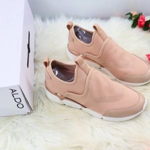 ✨$145✨NEW IN BOX Aldo Pink tennis shoes